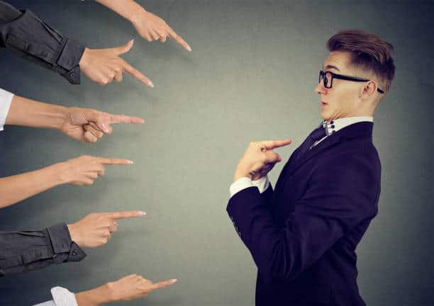 , El impacto de la culpa y de la responsabilidad en la toma de decisiones. Behavior & Economics